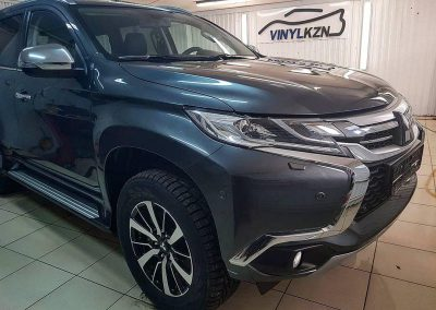 Mitsubishi Pajero Sport — комплексное бронирование полиуретановой пленкой Hexis