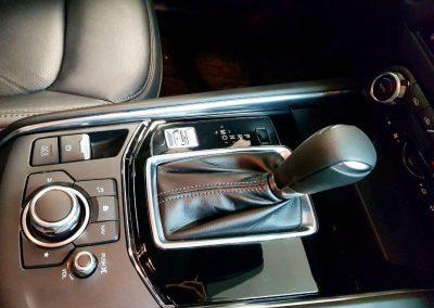 Оклейка глянцевой поверхности полиуретановой пленкой — Mazda CX 5