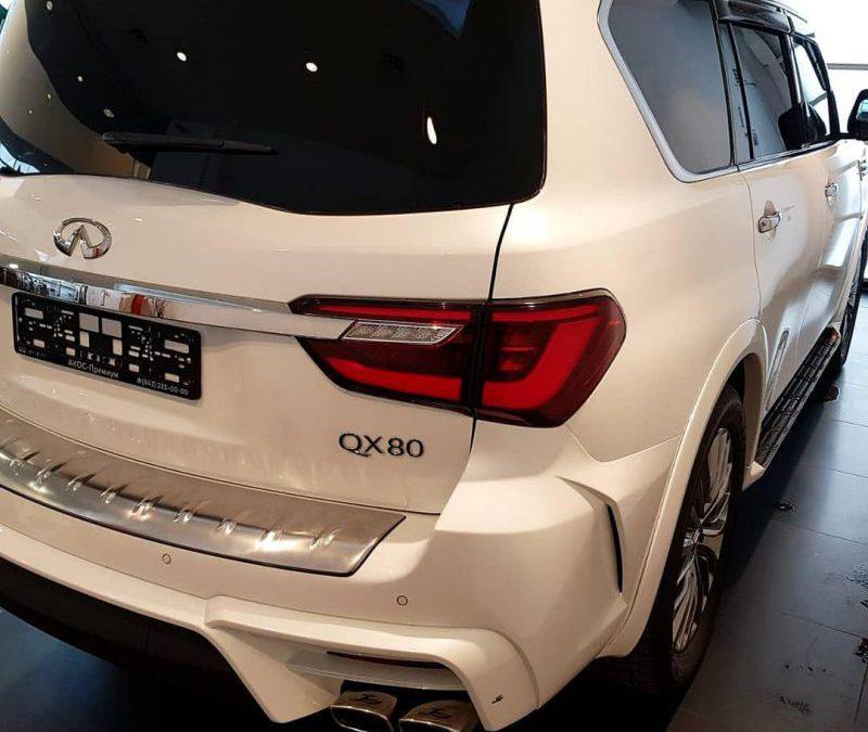 Infinity QX80 — тонирование задней части авто, пленкой Llumar 95%