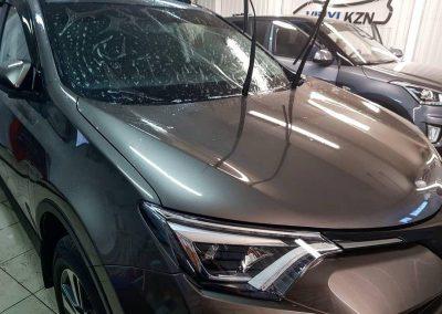 Бронирование лобового стекла автомобиля Toyota Rav 4