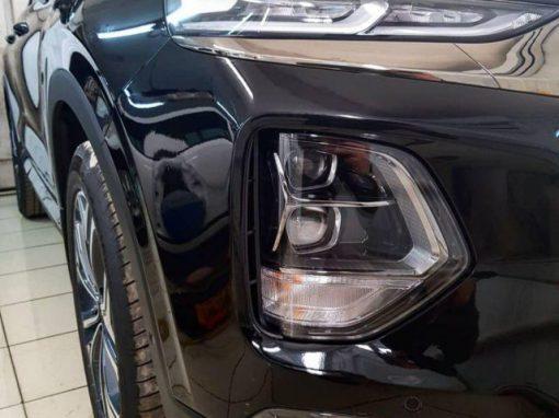 Бронирование капота, бампера и передней части полиуретановой пленкой от французских производителей Hexis — Hyundai Santa Fe