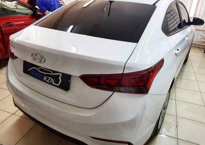 Hyundai Solaris — установка автосигнализации StarLine A93 и камеры заднего вида, бронирование кузова, атермальная тонировка