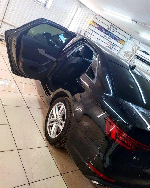 Audi A4 — затонировали все стекла пленкой Llumar 85%