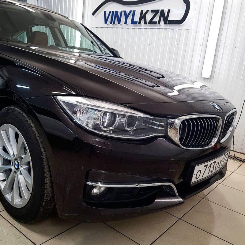 BMW 3-Series — полировка фар и дальнейшее бронирование полиуретановой пленкой Hexis