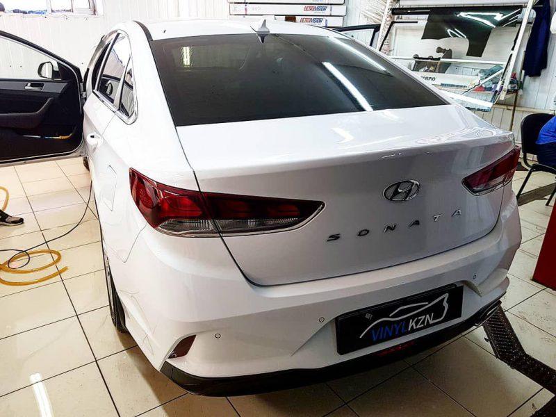 Hyundai Sonata — тонировка стекол пленкой Llumar