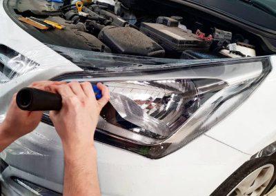 Hyundai Solaris — полировка и бронирование фар автомобиля с противотуманками