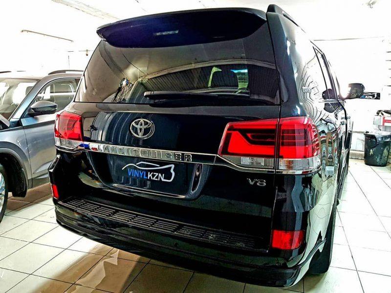 Toyota Land Cruiser 200 — тонировка стекол пленкой Llumar