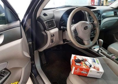 Subaru Forester — установка автосигнализации StarLine A93 и тонировка стекол