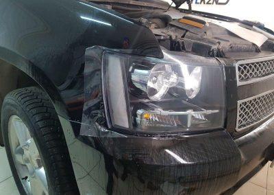 Chevrolet Tahoe на бронировании фар виниловой пленкой Oraguard
