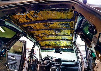 Шумоизоляция новенького Hyundai Santa Fe