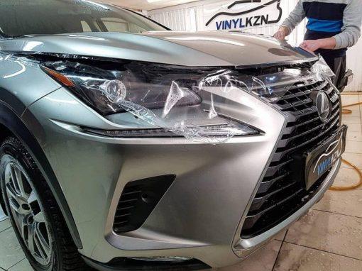 Бронирование капота, крыльев и мест под ручками немецкой пленкой Oraguard — автомобиль Lexus NX