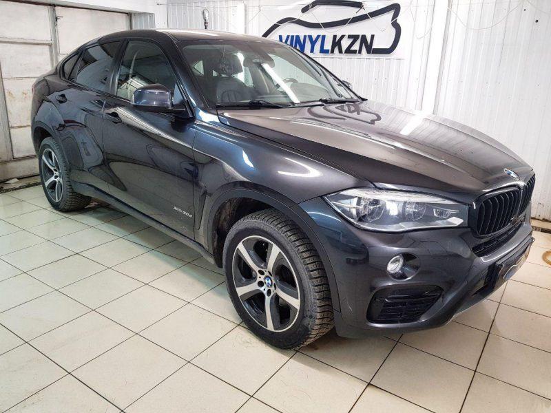 BMW X6 — оклейка хромированных элементов черной глянцевой пленкой