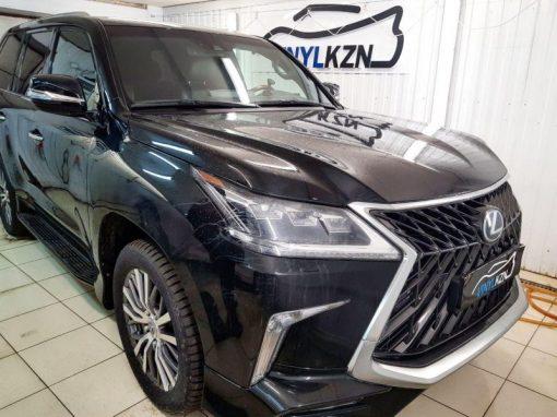 Lexus LX — бронирование лобового стекла автомобиля