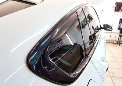 BMW 5 GT — оклейка хромированных деталей пленкой Oracal 970 черный глянец