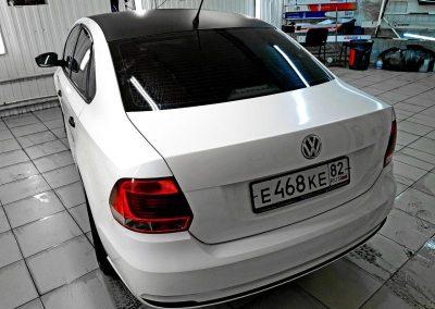 VW POLO — оклейка виниловой пленкой под такси
