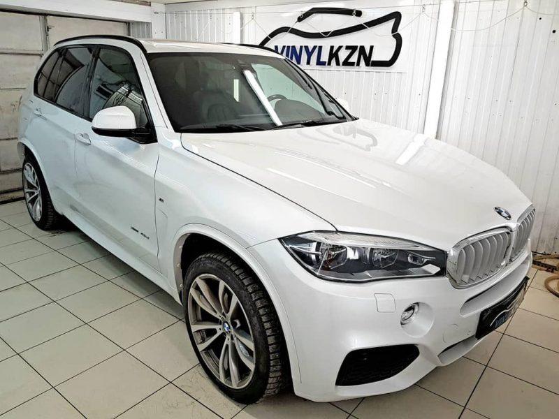 BMW X5 — бронирование кузова полиуретановой пленкой Quantum