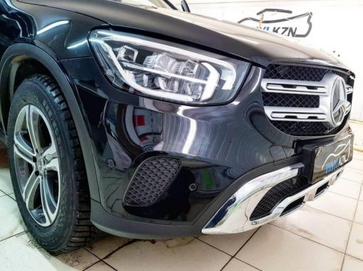 Mercedes GLC200 — бронирование полиуретановой пленкой Hexis Bodyfance капота, бампера и даже под ручками