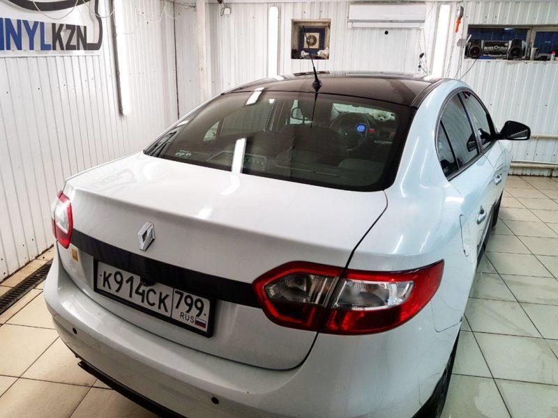 Renault Fluence — оклеили крышу, зеркала, молдинги черной глянцевой пленкой Oracal 970