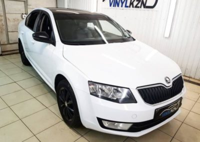 Skoda Octavia — оклеили автомобиля пленкой Orafol белый глянец