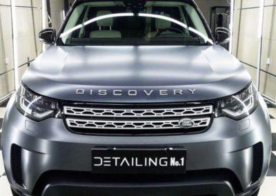 Range Rover Discovery 5 — оклеили весь кузов в серый сатин, химчистка салона, восстановление окраса сиденья, полировка