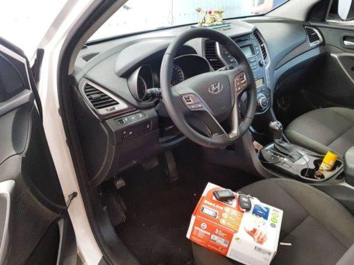 Hyundai Santa Fe — установили охранный комплекс с автозапуском Starline A93