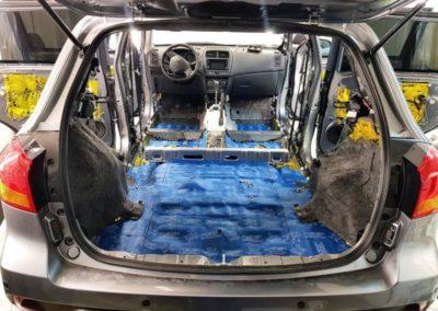 Вибро-шумоизоляция салона автомобиля Mitsubishi ASX