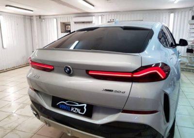 Новый BMW X6 2020 года — тонировка стекол пленкой Llumar ATR, бронирование кузова полиуретановой пленкой