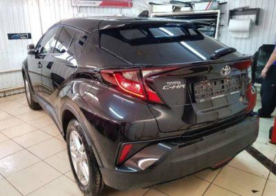 Toyota CH-R — затонировали заднюю часть автомобиля 95% затемнения пленкой ULTRAVISION SUPREME THERMO