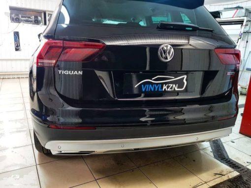 VW Tiguan — бронирование передней части и зон риска полиуретановой пленкой, бронирование заднего бампера