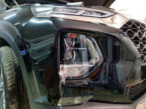 Бронирование полиуретановой пленкой всей передней оптики на Hyundai Santa Fe