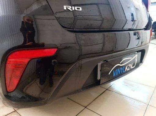 Установка парктроников на автомобиль Kia Rio