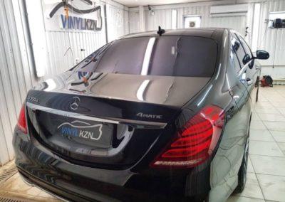 Mercedes W222 — выполнили глубокую полировку всего кузова, нанесли 4 слоя керамики, тонировка