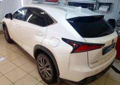 Lexus NX — тонировка стекол пленкой Llumar 80%