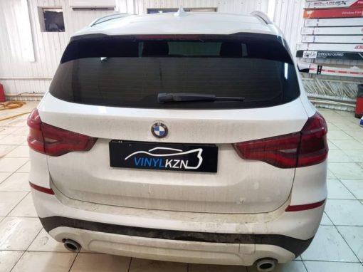 BMW X3 — затонировали заднюю часть автомобиля пленкой Llumar ATR