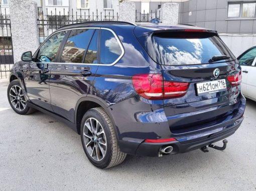 BMW X5 — выполнили глубокую полировку всего кузова, нанесли два слоя керамики