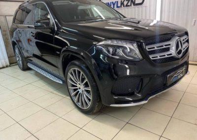 Mercedes GLS — отполировали весь кузов, нанесли два слоя керамики