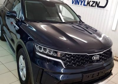 Kia Sorento — бронирование капота и фар автомобиля, бронирование пластика на передней части кузова
