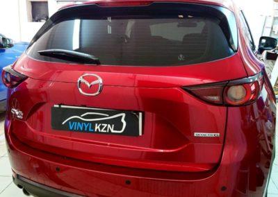 Mazda CX-5 — бронирование кузова полиуретановой пленкой, тонировка UltraVision 95, установка передних парктроников