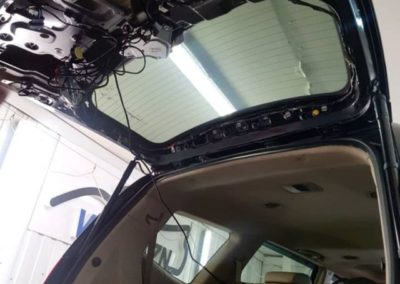 Установили электропривод багажника на Kia Mohave