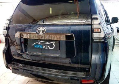Toyota Land Cruiser Prado —  тонировка стекол премиальной пленкой Llumar ATR