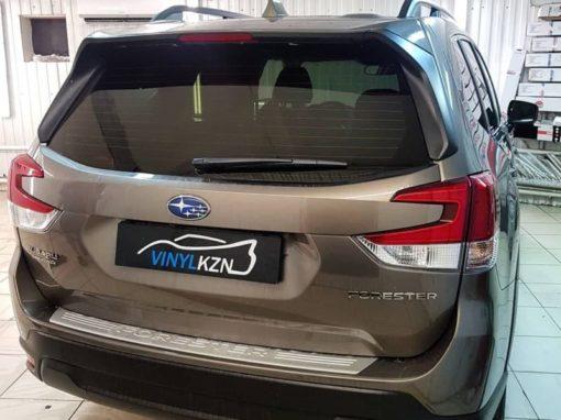 Subaru Forester — забронировали полиуретановой пленкой фары, заднюю часть затонировали пленкой премиум качества Llumar ATR