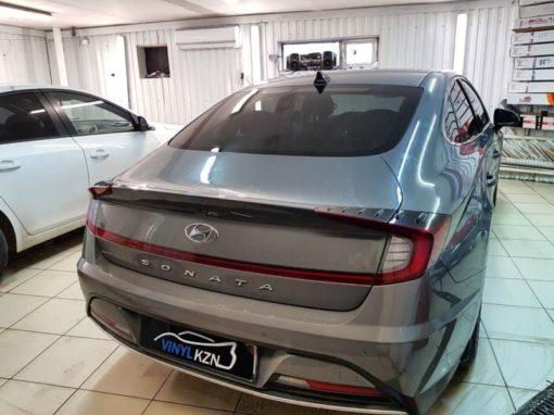 Hyundai Sonata — затонировали все стекла кроме лобового пленкой ULTRAVISION SUPREME THERMO 65% затемнения, на лоб такая же пленка 50%